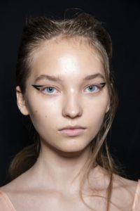 стрелки макияж 2019